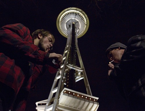 seattle_space_needle_smoke_in.jpg
