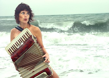 The Alterna-Torch Chanteuse of 'Sex, Slugs & Accordion'