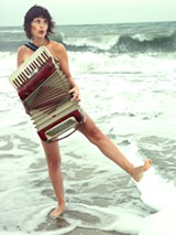 NATHALIE CHANQUOI - Jetti Swart does accordian-enhanced beat-boxing.