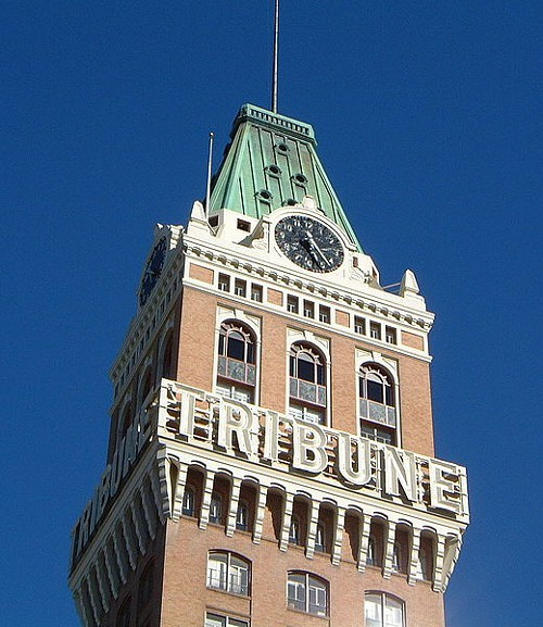 Oakand_tribune_tower_detail.jpeg