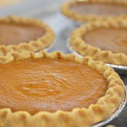 Mariposa's gluten-free pumpkin pies (via Facebook).