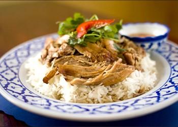 Oakland's Chai Thai Noodle Is Classic Thai-American