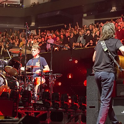 Pearl Jam at the Oracle Arena, 11/26/13