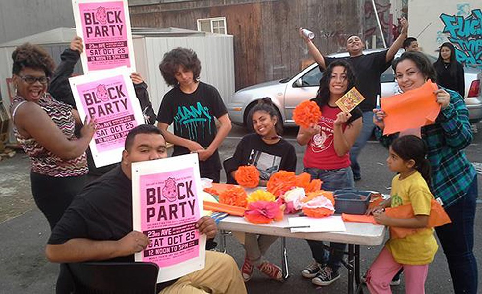 3-11_event_pick_-_volunteers_prepping_october_block_party.jpg