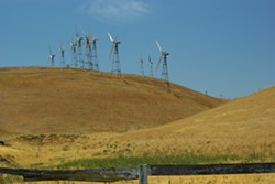 altamont_pass_wind_farm_2759176158.jpg