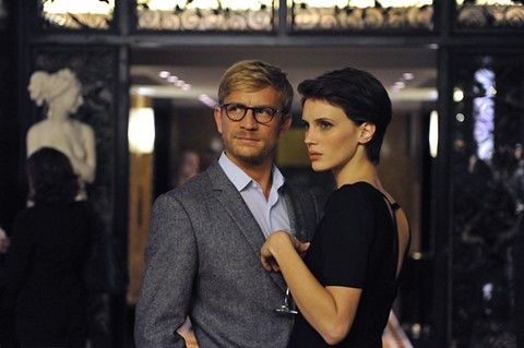 Jeremie Renier and Marine Vacth as doctor and patient in Double Lover