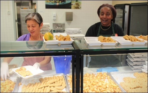 Food service workers at Oakland High School. - LUKE TSAI