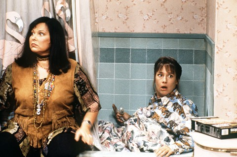 That time Roseanne thought she found her daughter's boyfriend David's pot — but it was really Dan's weed.