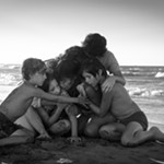 Alfonso Cuarón's Family Tale 'Roma' Nourishes the Soul