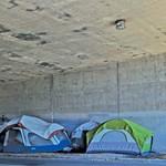 <b>Moratoriums on Eviction</b>