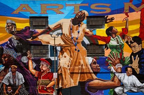 The Alice Street mural.