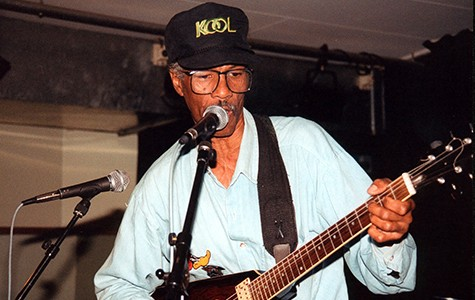 Fillmore Slim performing in 2007. The local blues legend returns to West Oakland this weekend.