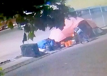 Video: Oakland's Homeless Residents Are Targets of Arson Attacks