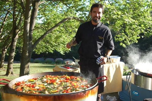Venga Paella chef Eduardo Balaguer (via Facebook)