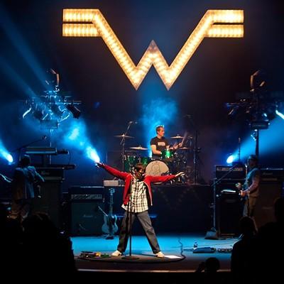 Photos: Weezer