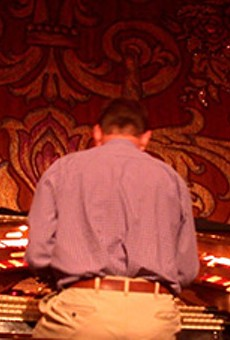 Who Is the Mysterious Organist Behind Grand Lake Theater's Mighty Wurlitzer?