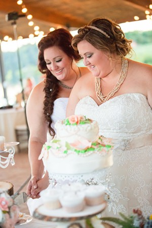 Alyssa and Heidi Furling had their ceremony and reception at Jim Edgar Panther Creek State Wildlife Area near Chandlerville. - PHOTO BY JILL GUM PHOTOGRAPHY