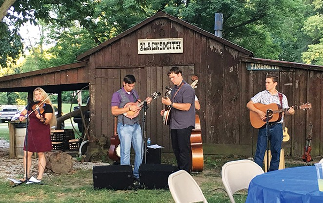 Traditional Music Festival Sep 9-10, 10am-4pm. Midwest performers entertain on instruments such as mountain dulcimers, bones, autoharps, fiddles, banjos and guitars. lincolnsnewsalem.com. Lincoln's New Salem State Historic Site, 15588 History Lane,