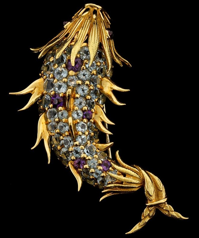 """A diamond-encrusted fish brooch seized by federal Marshals from James """"Whitey"""" Bulger - PHOTO BY GASTON & SHEEHAN AUCTIONEERS"""