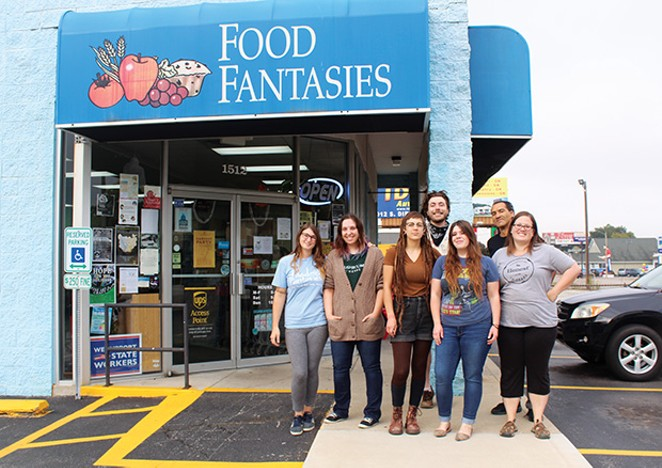 BEST HEALTH FOOD RETAIL STORE BEST PLACE TO BUY  CBD OIL PRODUCTS BEST HOLISTIC HEALTH CENTER Food Fantasies - PHOTO BY JOSEPH COPLEY