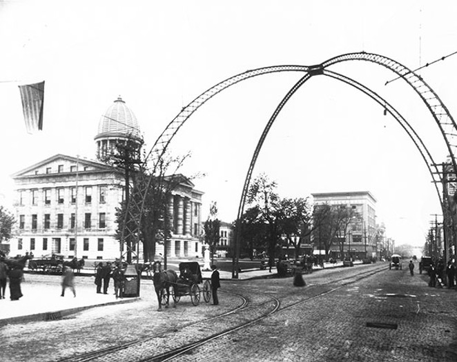 Washington Street looking west from Sixth Street in 1901. Iron arches once stood at the four intersecting streets next to the square. - PHOTO COURTESY SANGAMON VALLEY COLLECTION