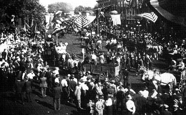 The annual Mt. Pulaski Horse Show on the south side of the square drew large crowds each year from 1912  to 1936. - PHOTO COURTESY H.J. WIBLE, MT. PULASKI TIMES NEWS
