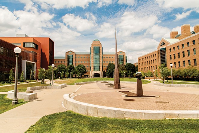 The College of Engineering's north Beckman Quad and buildings, from left, the Electrical and Computer  Engineering Building, the Beckman Institute for Advanced Science and Technology and the Coordinated  Science Laboratory. The Beckman Quad was ded - PHOTO BY L. BRIAN STAUFFER, UNIVERSITY NEWS BUREAU.