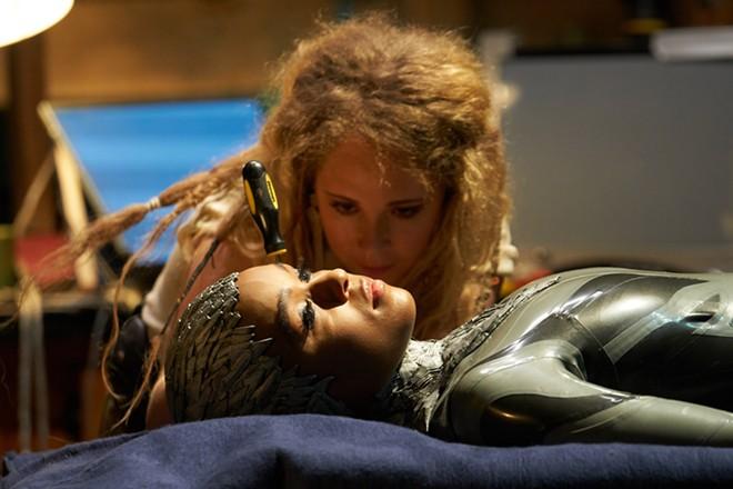 "Philip K. Dick's ""Electric Dreams"" stars Juno Temple and Janelle Monae. - PHOTO/ AMAZON STUDIOS"
