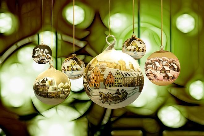 christmas-2877141_1280.jpg