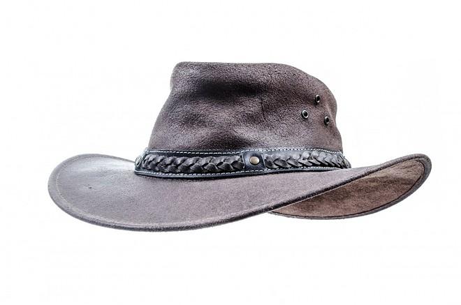 hat-316399_1280.jpg