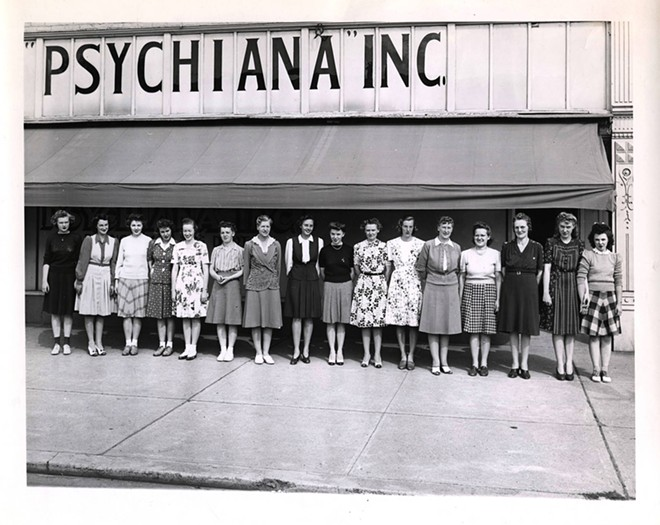 A 1938 photograph of clerical and bookkeeping staff from the branch mailing department. - PSYCHIANA DIGITAL COLLECTION, DIGITAL INITIATIVES, UNIVERSITY OF IDAHO LIBRARY