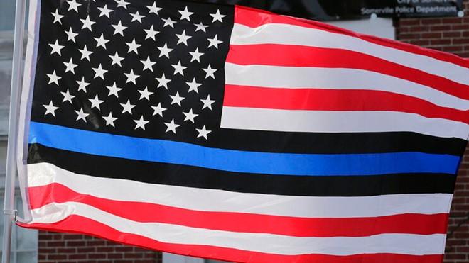 thin-blue-line-flag.jpg