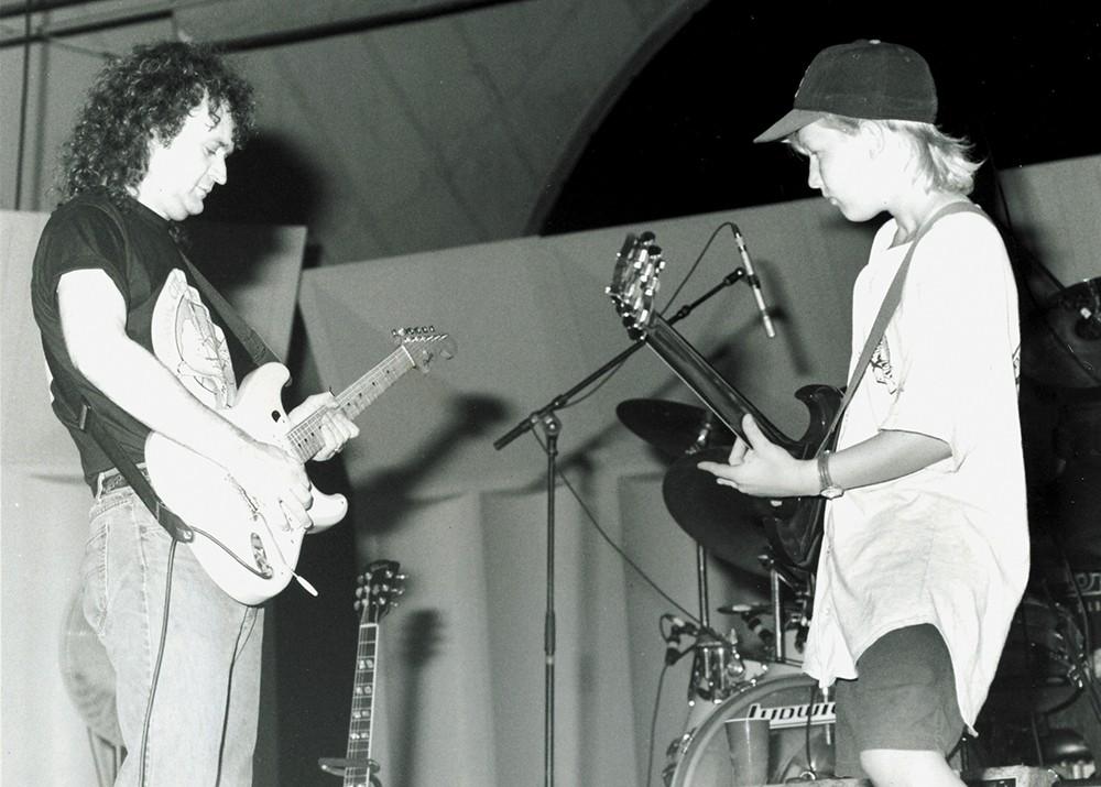 A 14-year-old Derek Trucks jams with Tinsley Ellis back in 1993. - SUSAN B. STANTON