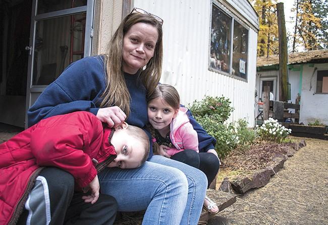 Brittny Eidsvoog and her children, Dagan and Aleya. - SARAH WURTZ