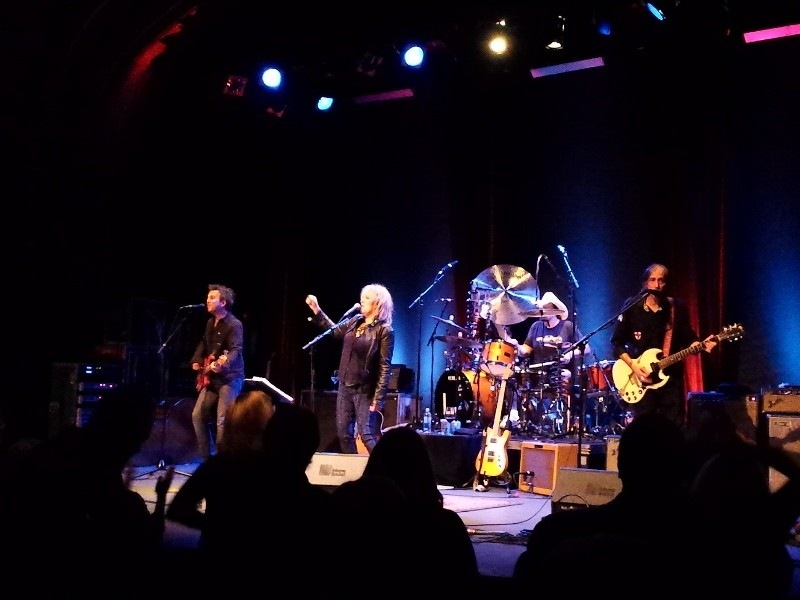 CONCERT REVIEW: Lucinda Williams' sweet Valentine's Day at the ...