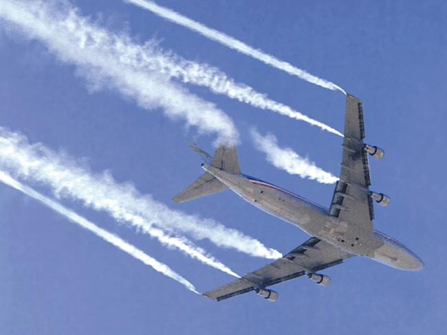 "Contrails, or ""chemtrails\""? Scientists have been unable to kill the consipiracy. - NASA"