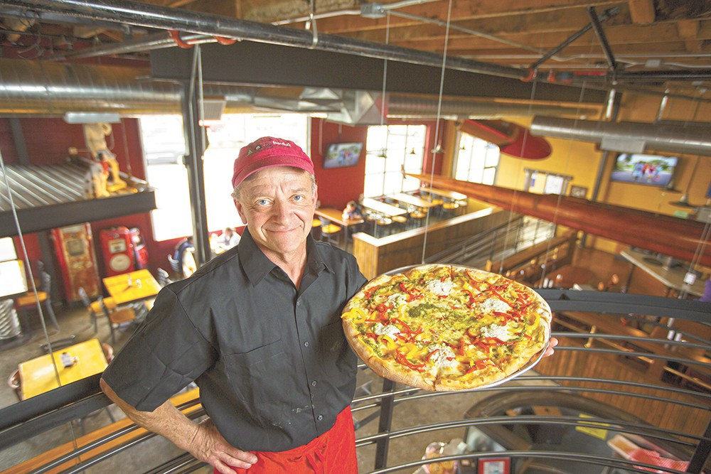 David's Pizza owner Mark Starr reopened the restaurant after four years serving his pizza at Famous Ed's. - YOUNG KWAK