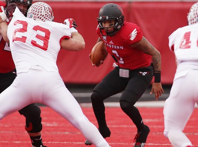 Eastern Washington quarterback Vernon Adams Jr. (3) runs against Illinois State during the first half. - YOUNG KWAK