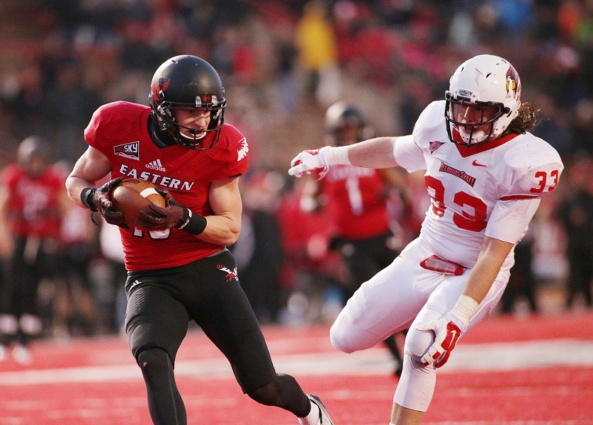 Eastern Washington wide receiver Cooper Kupp (10) hauls in a touchdown pass against Illinois State linebacker Meehan Pat (33) during the second half. - YOUNG KWAK