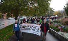 Environmental, safety risks dominate public testimony on oil train shipments