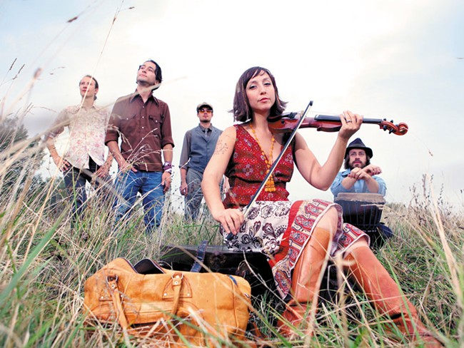 Erin Zindle (front) and the Ragbirds