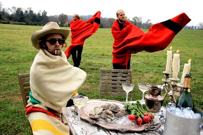 Hard-to-classify Virginia-based band Pontiak takes Mootsy's Monday.