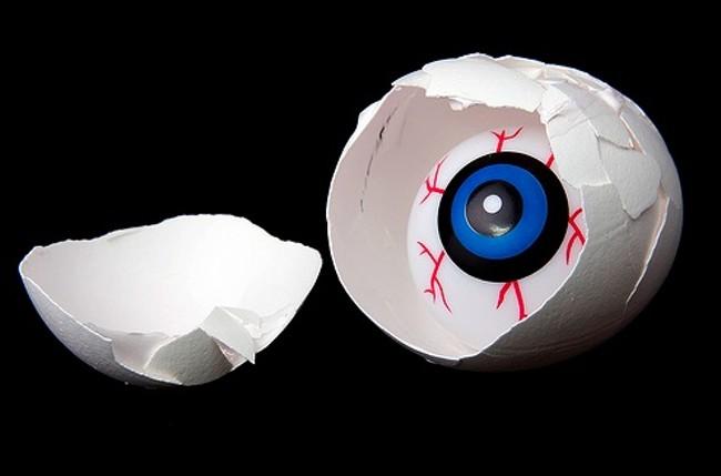 eyeegg.jpg