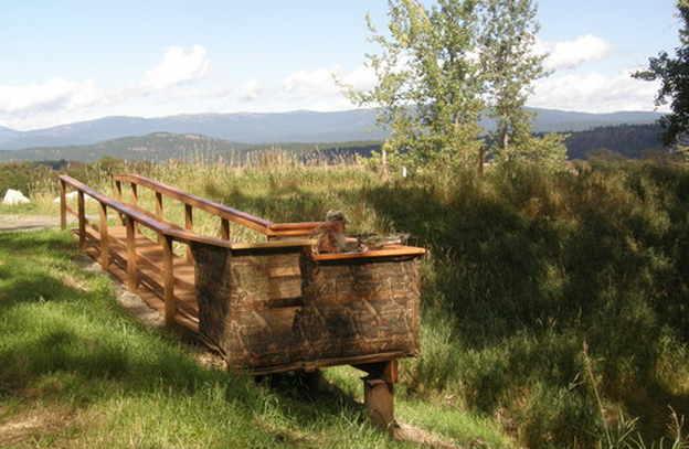 A wheelchair-accessible hunting blind in North Idaho. - USFWS