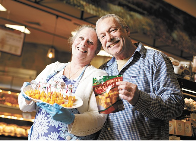 Northwest Cheesecrafters owners Sharon and Johnny Parkins with their Ghost Pepper Cheese Bites. - YOUNG KWAK