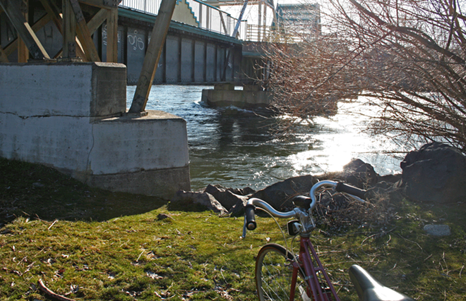 One of the many resting nooks along the Centennial Trail with great sun and river access. - TAYLOR WEECH