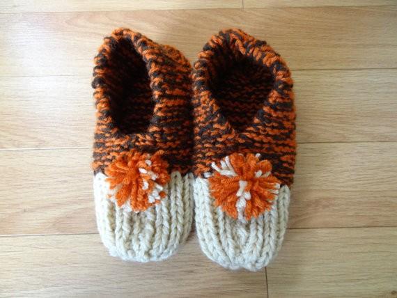 PSL-inspired handmade knit slippers