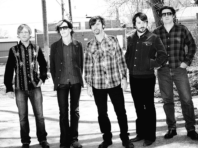 Son Volt\'s latest album, Honky Tonk, features plenty of fiddles and steel guitar.