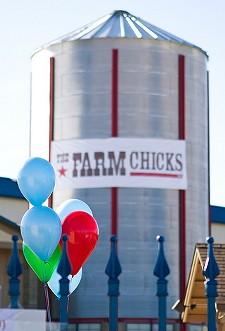 KATE JENNINGS - The Farm Chicks Show