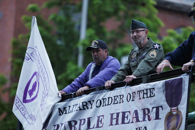 The Military Order of the Purple Heart, Chapter 470, pass by. - YOUNG KWAK